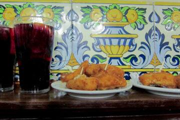 Sangría and cod tapas