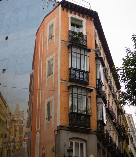 Trampantojos madrid for Hoteles en la calle prado de madrid