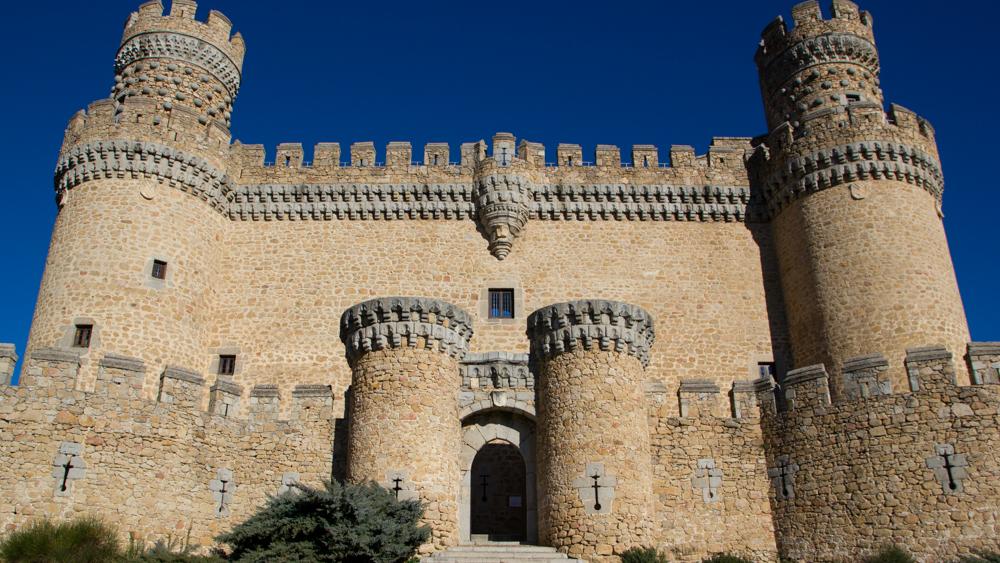 Manzanares castle 78720 baidata - Polideportivo manzanares el real ...