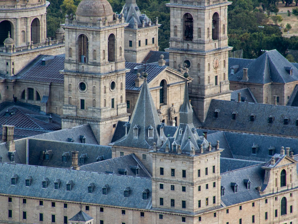 Escorial roofs from the distance
